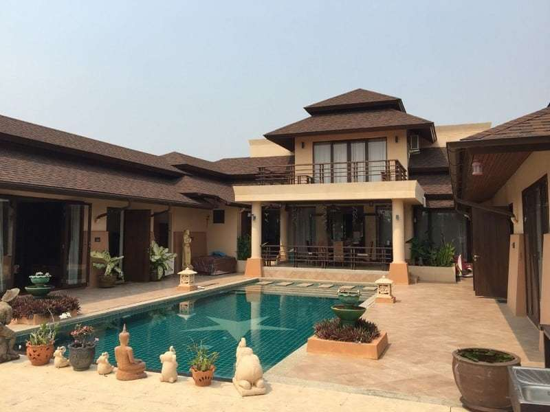 Hua Hin city villa for sale close to the beach front