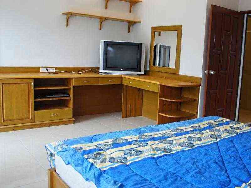 Five townhouse for sale in Hua Hin Bedroom 2