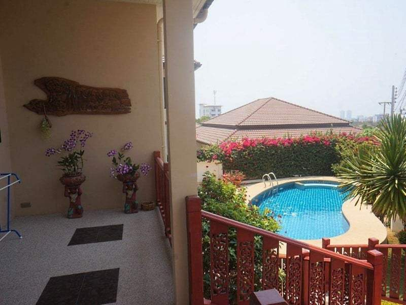 4 bedroom house for sale in Hua Hin Rear pool