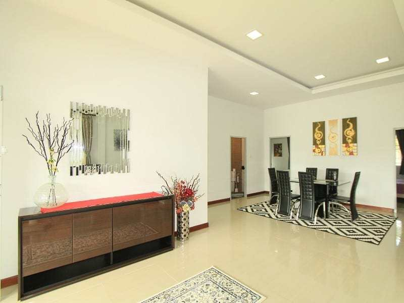 House in Hua Hin for sale dining area