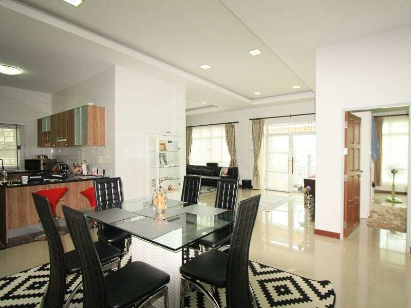 House in Hua Hin for sale full view
