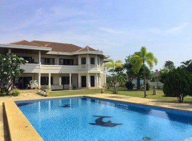 Lake view house for sale in Hua Hin back