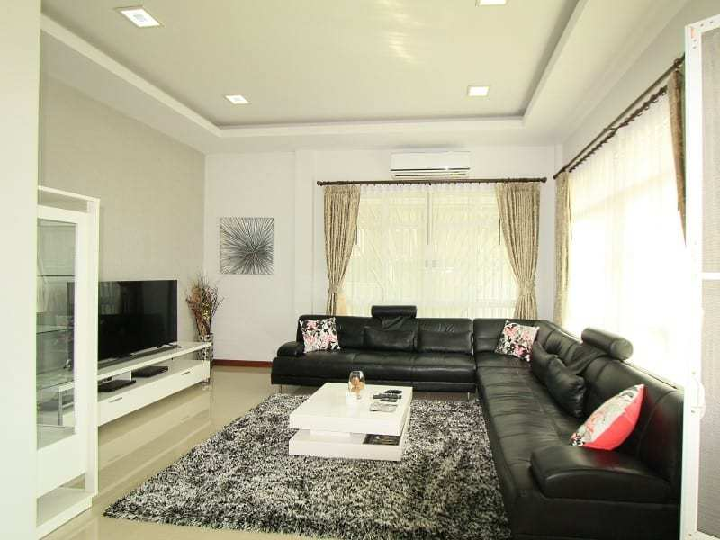 House in Hua Hin for sale living room