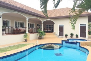 House for sale near Hua Hin Pool 1