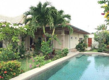 Private pool home for sale Hua Hin Garden 1
