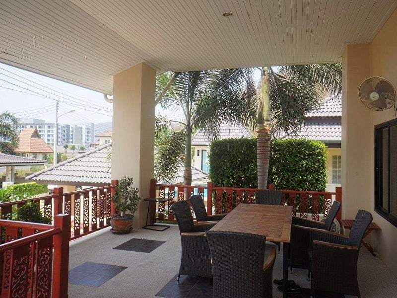 4 bedroom house for sale in Hua Hin Terrace