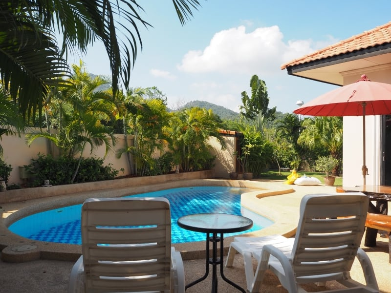 Villa for rent in Hua Hin with freeform pool