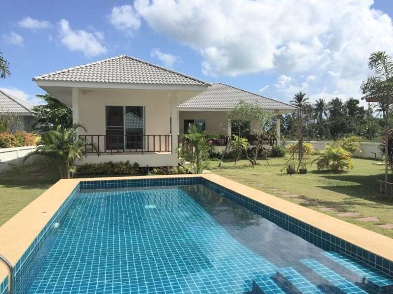 Villa with pool for sale in Thailand pool house
