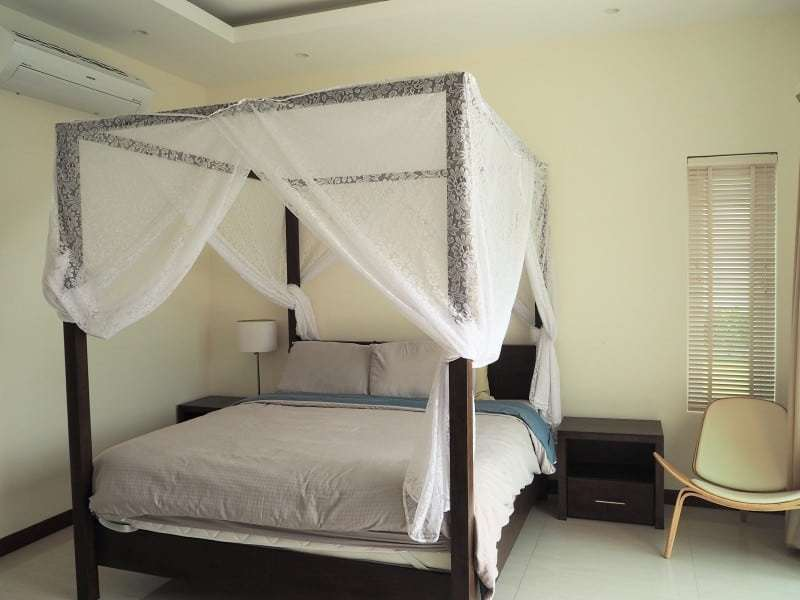Stunning 4 bedroom Villa for sale in Hua Hin four poster bed