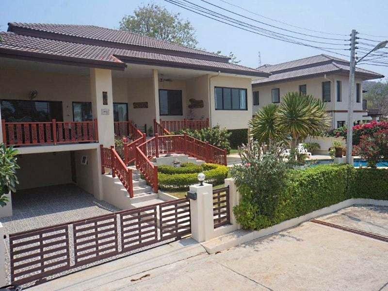 4 bedroom house for sale in Hua Hin Front