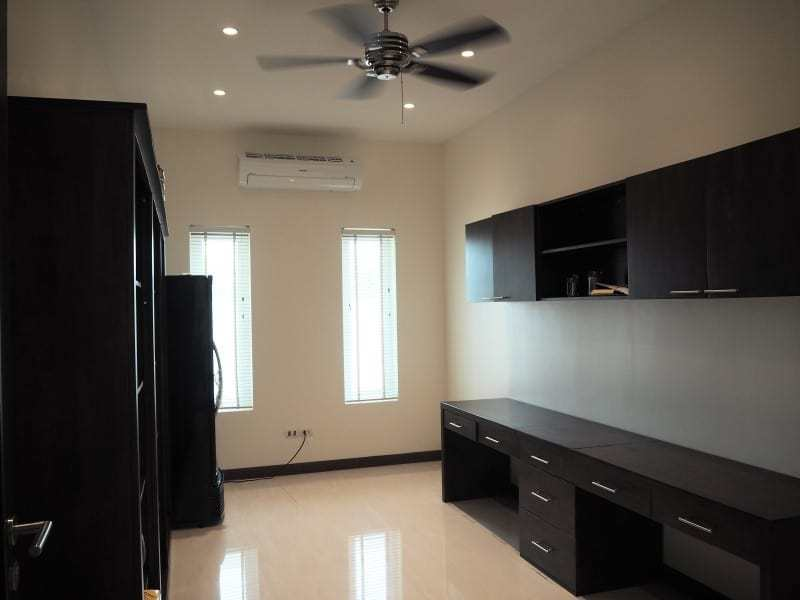 Stunning 4 bedroom Villa for sale in Hua Hin home office