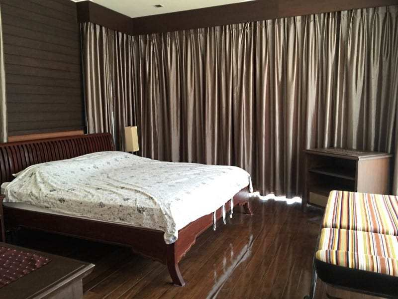 Hua Hin city villa for sale close to the beach bedroom