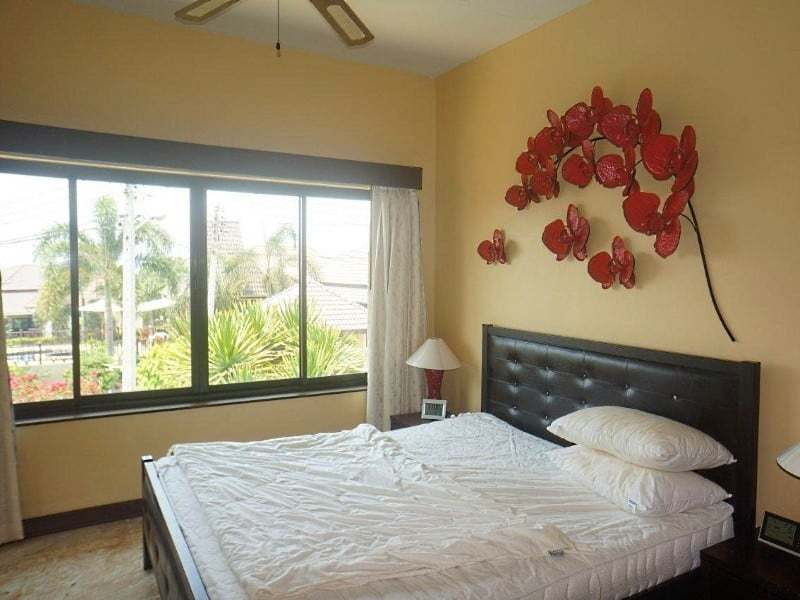 4 bedroom house for sale in Hua Hin master bedroom
