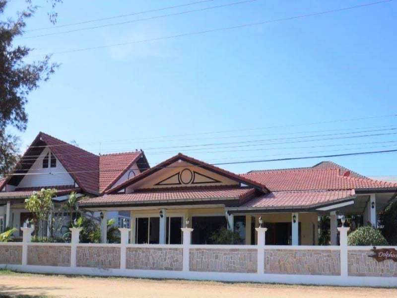 Beachfront house for sale in Hua Hin front view