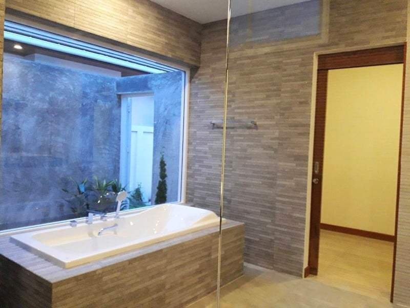 Hua Hin Hillside Hamlet villa for sale bathroom