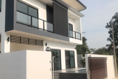 5 bedroom house for sale in Hua Hin - Hot Offer front view