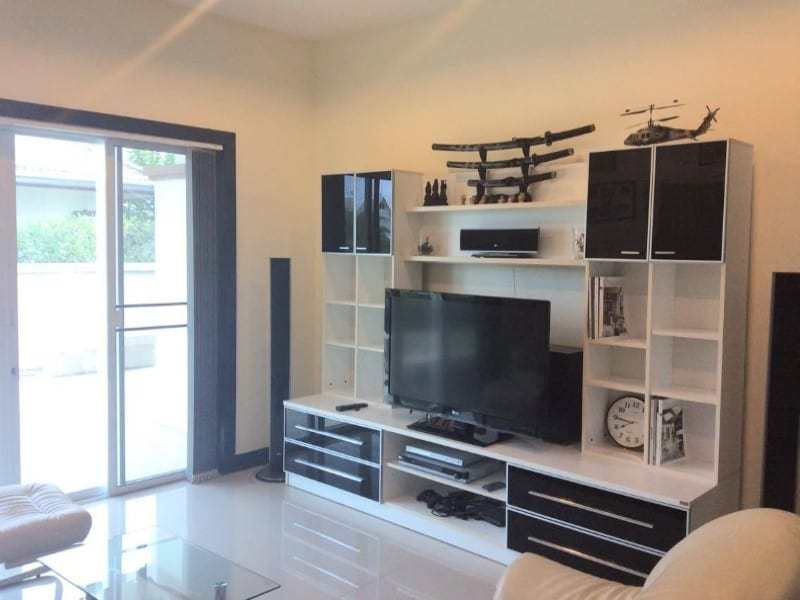 Hua Hin basic home for sale lounge