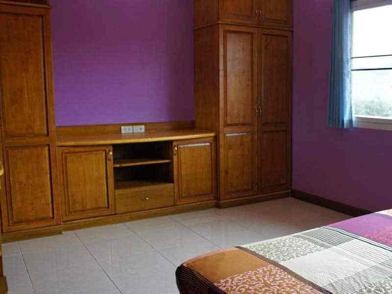 Five townhouse for sale in Hua Hin Wardrobe