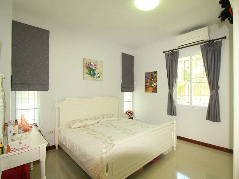House in Hua Hin for sale master bedroom