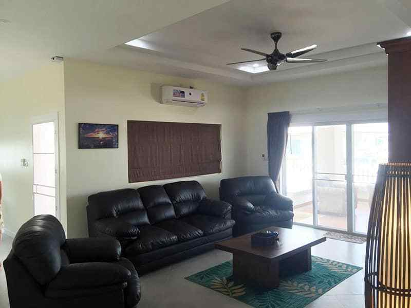 Newly built and upgraded house for sale in Hua Hin lounge