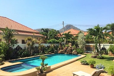 Luxury house for sale Hua Hin Thailand garden
