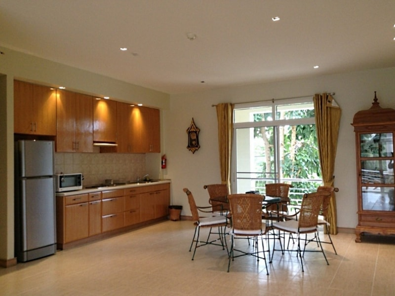 2 bedroom apartment for rent in Blue Lagoon Hua Hin - kitchen