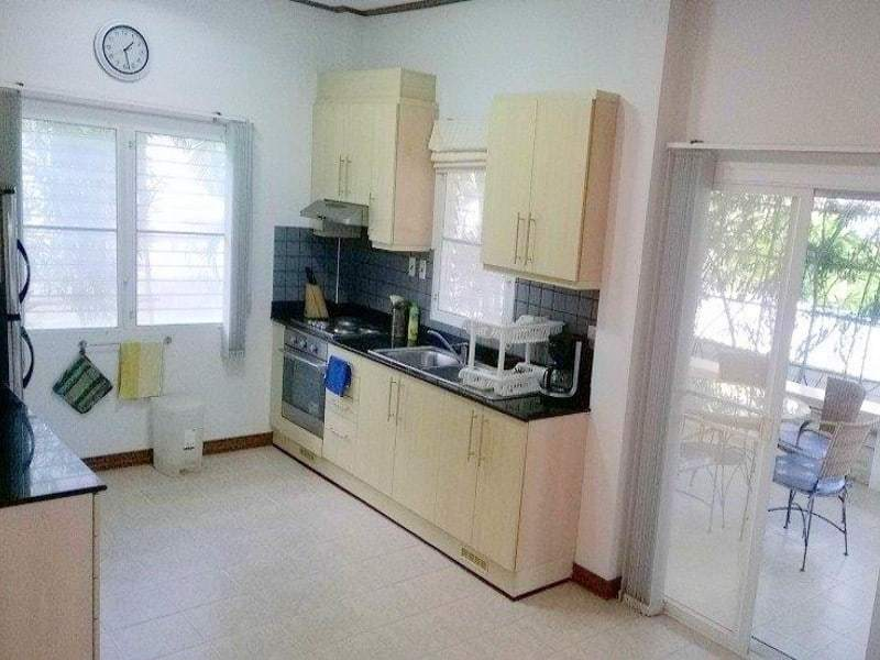 Beachfront house for sale in Hua Hin kitchen