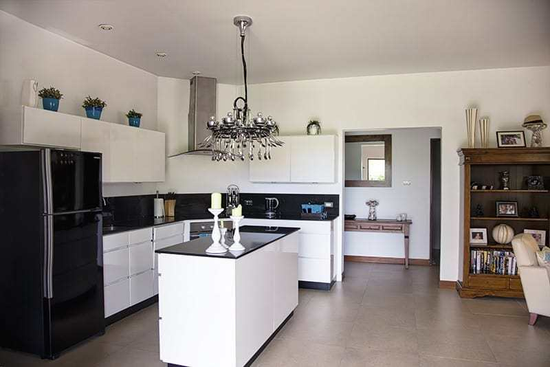 House for sale Hua Hin with pool kitchen