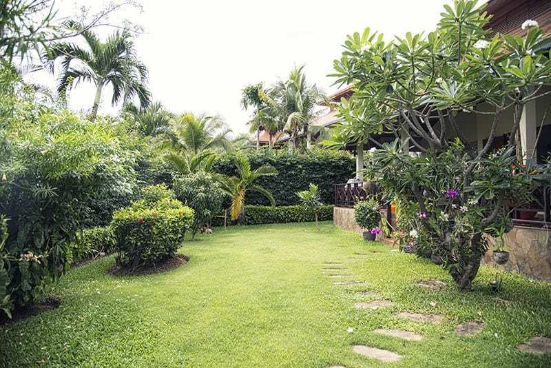 House for sale Hua Hin with pool Garden 1