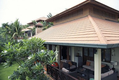 House for sale Hua Hin with pool utside 1