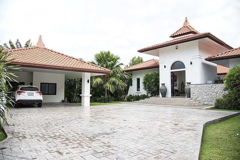 Banyan villa for sale in Hua Hin Front House