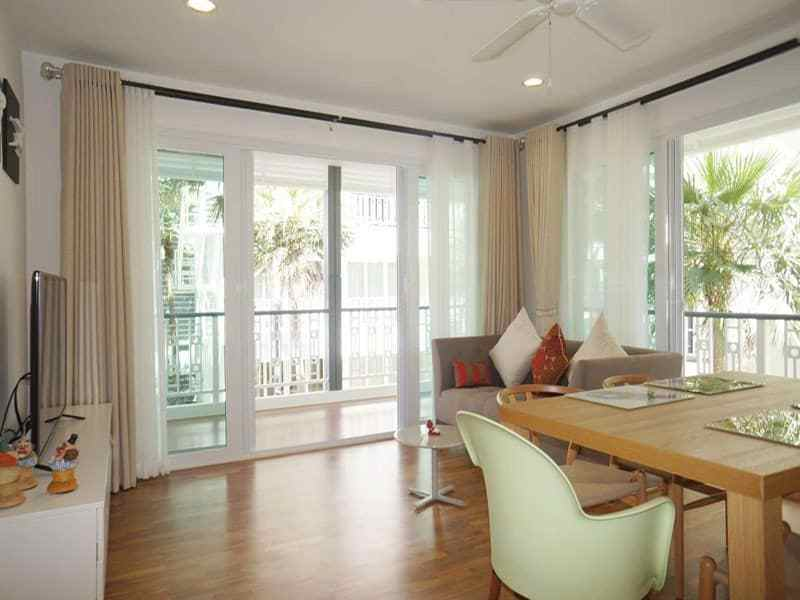 Condo for sale in Hua Hin Khao Takiab at the beach dining