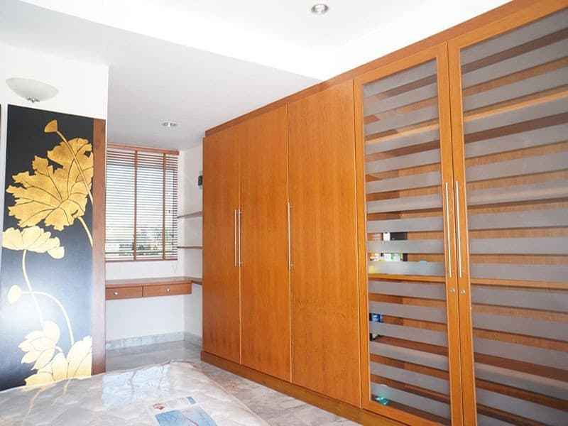 Condo for sale in Hua Hin with panoramic sea view storage