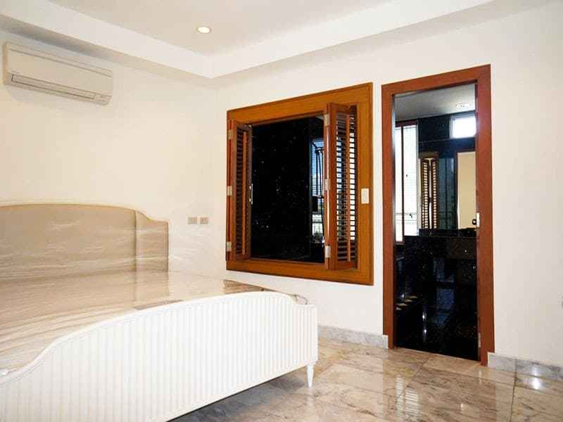 Condo for sale in Hua Hin with panoramic sea view bedroom