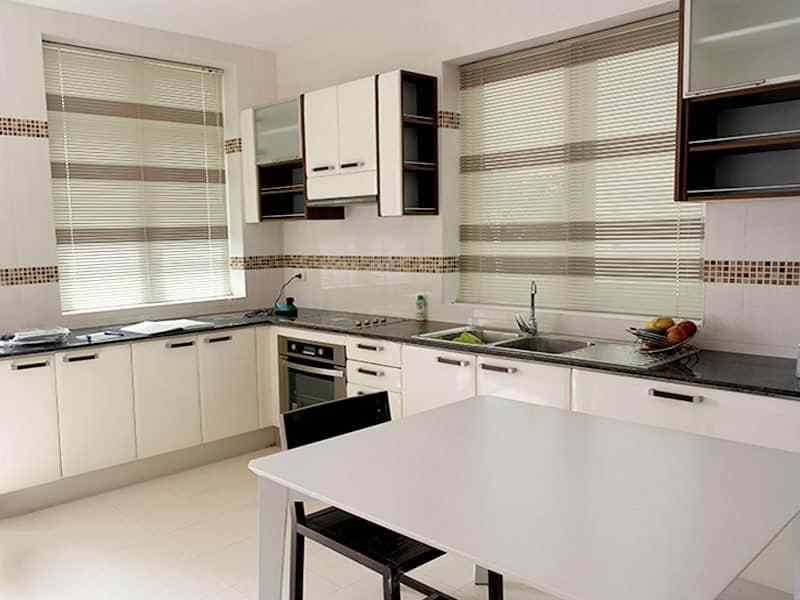 Large two storey house for sale in Hua Hin kitchen