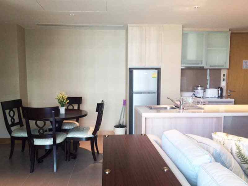 Perfect location condo apartment for sale in Hua Hin dining