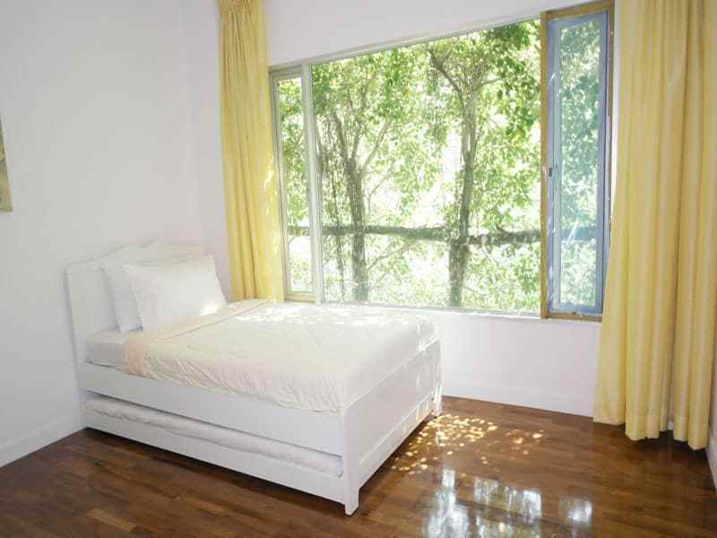 Seaview condo in Hua Hin for sale guest room