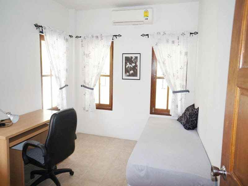 Modern home in good condition for sale in Hua Hin guest room