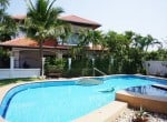 Modern home in good condition for sale in Hua Hin comunal area