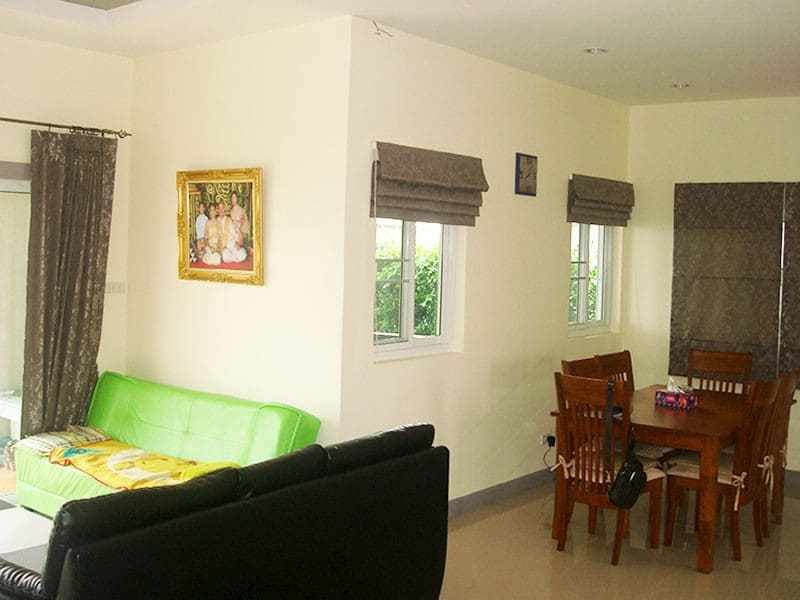 Nice basic home for sale in Hua Hin Thailand lounge