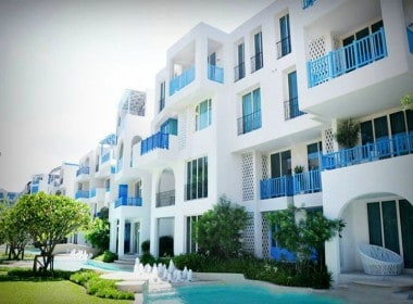 Beautiful condominium for sale in Thailand Hua Hin front