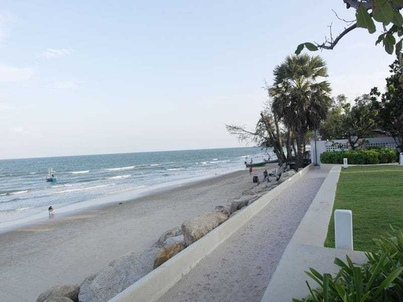 Beautiful condominium for sale in Thailand Hua Hin beach