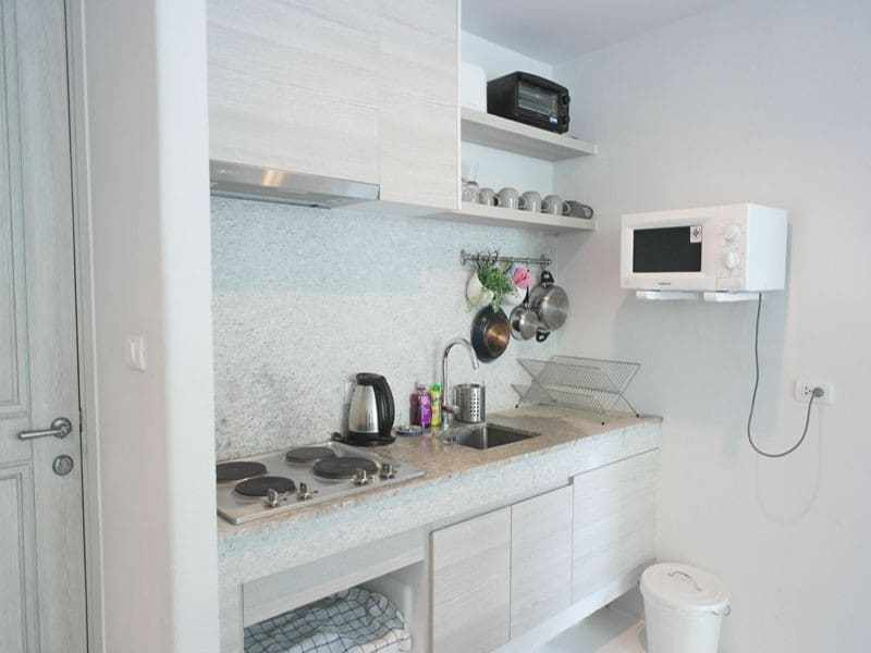 Beautiful condominium for sale in Thailand Hua Hin kitchen diner