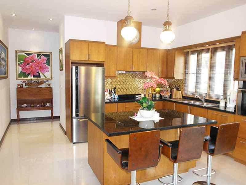 High quality home for sale in Hua Hin Thailand breakfast bar