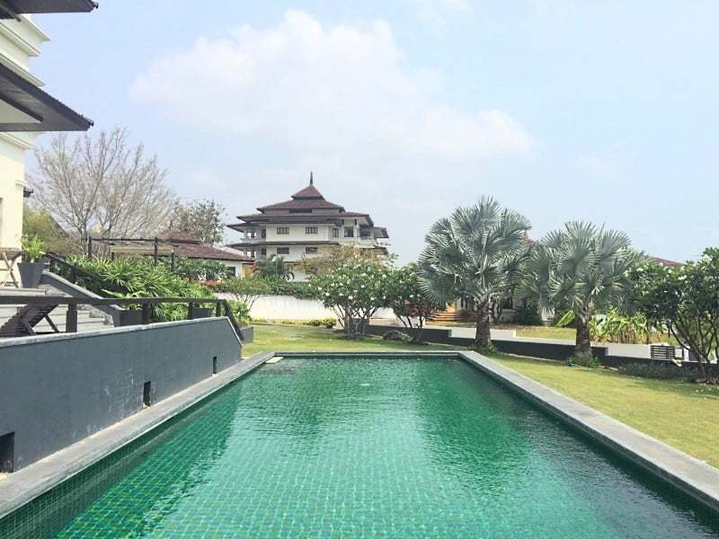 Massive condo for sale in Hua Hin garden