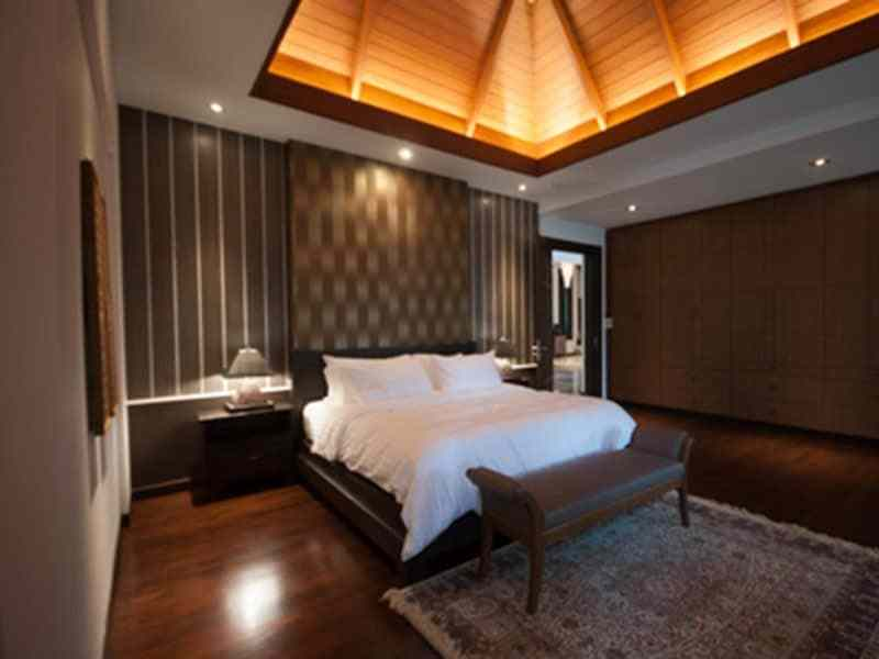 Luxury golf course villa for sale in Hua Hin guest room