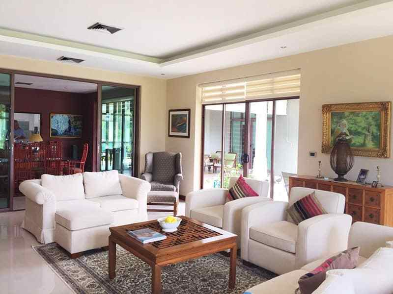 Luxury Home with swimming pool for sale Hua Hin lounge 2