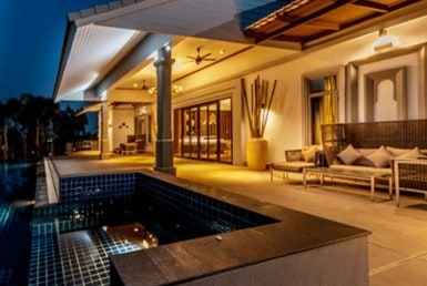 Luxury golf course villa for sale in Hua Hin jacuzzi