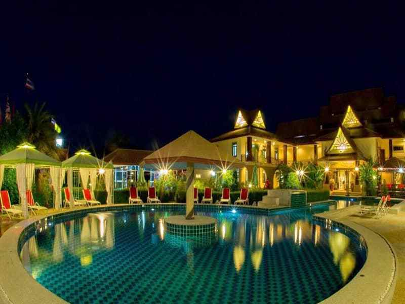 Huge Hua Hin villa for sale pool area