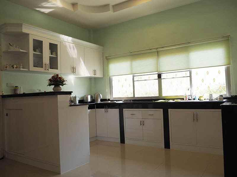 Home for sale in Hua Hin Thailand kitchen